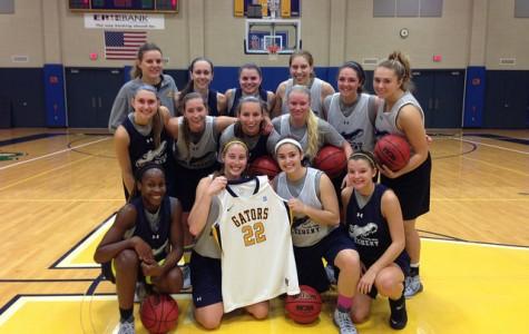 Women's basketball supports NCAA player Lauren Hill