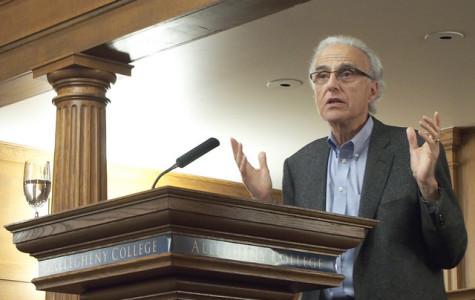 Esposito gives lecture on Islamophobia
