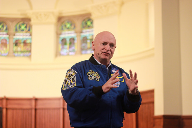Astronaut+Mark+Kelly+speaks+in+Ford+Chapel+on+Wednesday%2C+April%2C+5%2C+2017.+Kelly+was+on+campus+as+the+recipient+of+the+2017+Gator+of+the+Year+Award+from+Allegheny+Student+Government.+