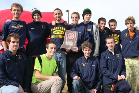 Men's cross-country cruises to NCAC crown