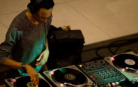DJ/rupture brings his turntables to explode the CC