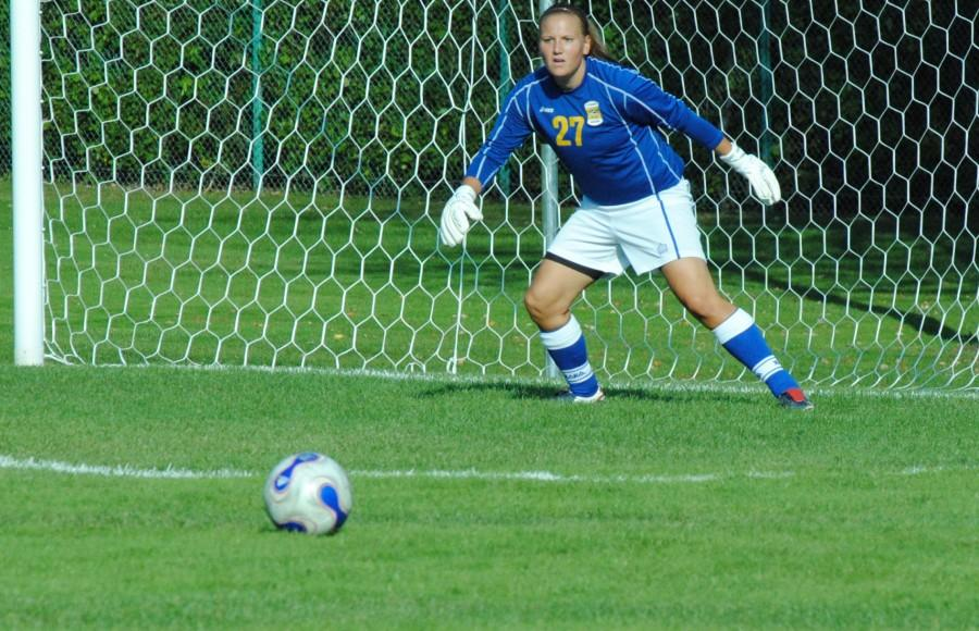 Emily Karr, '12, recorded 10 shutouts last year for a Gator squad that went unbeaten in its first 15 games. CHARLIE MAGOVERN/THE CAMPUS