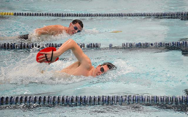 Danny Litwin, '17, and Patrick Hollenbeck, '17, practice in preparation for the invitational this weekend.