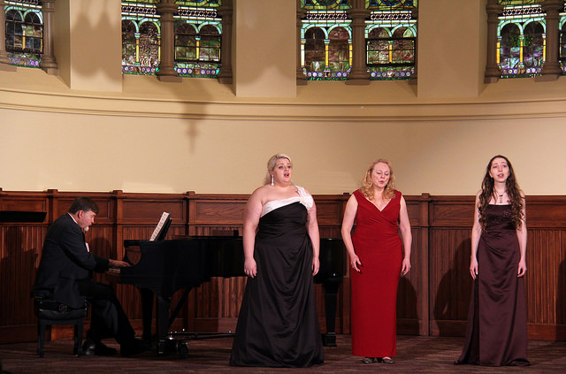 Faculty organize annual voice recital in Ford Chapel