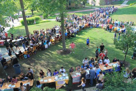 Clubs and student organizations lined the Gator quad during the involvement fair on Thursday, Aug. 27.