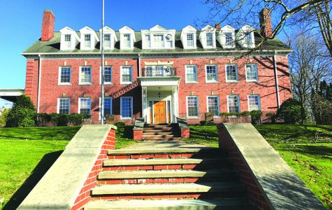 Fraternity proposes return to campus