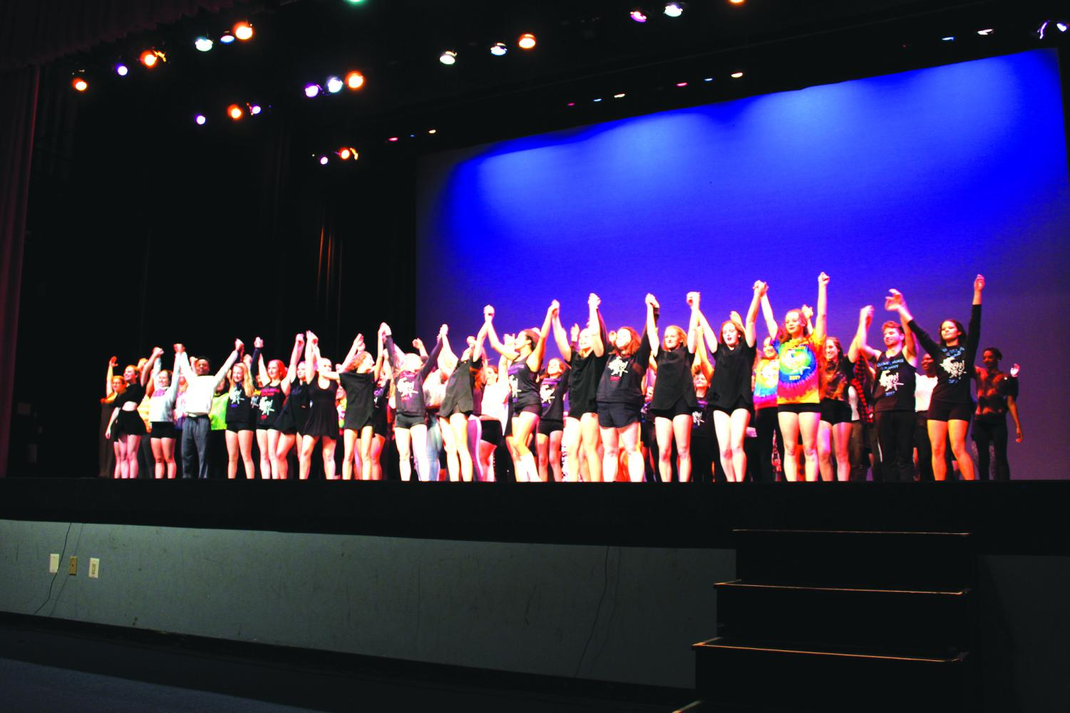 The+Orchesis+choreographers+take+their+final+bow+in+Shafer+Auditorium+at+the+conclusion+of+the+show.