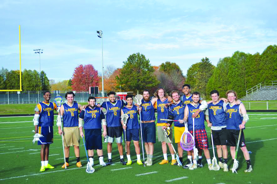 The+men%E2%80%99s+lacrosse+club+team+poses+for+a+photo+after+its+game+on+Oct.+29%2C+2017+at+Edinboro+University.%0A