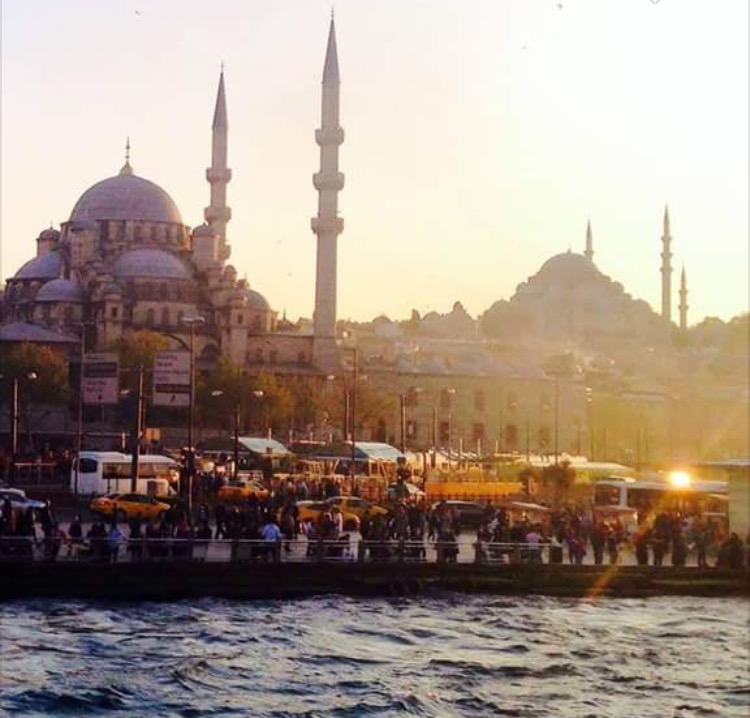 Guevara also traveled to Turkey for an Experiential Learning Seminar, capturing a photograph of New Mosque on the Bosphorus Strait in Istanbul. Guevara's interest in the Arabic/MENA House was sparked by his experiences and studies abroad.