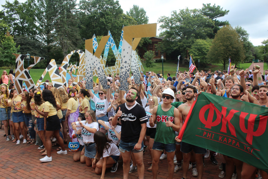 Members of the Allegheny College fraternity and sorority life community gather for a group photo after Fall Run Out Saturday, Sept. 15, 2018, in Brooks Circle.