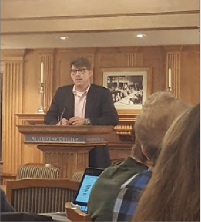 Standford University's scholar-in-residence Jefferey Ball spoke on climate change and energy Tuesday, Sept. 25, 2018, in the Tillotson Room of the Patricia Bush Tippie Alumni Center.