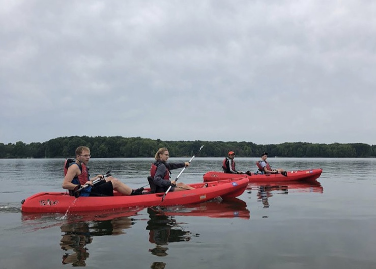 Allegheny Outing Club leads its annual first-year student trip on Saturday, Sept. 8, 2018. This year, AOC President Gabriel Curtisbrown, '19, and Vice President Lindsay Blum, '21, took first-year students kayaking on Pymatuning Reservoir at Pymatuning State Park.
