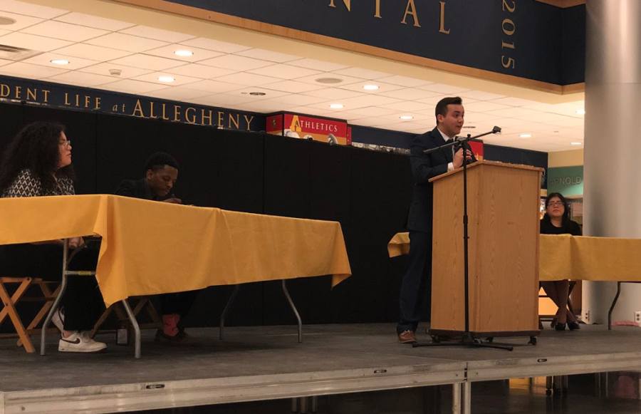 David Roach, '21, presents his opening statements during the ASG presidential debate at 7:30 p.m. on Tuesday, March 3, 2020, in the Henderson Campus Center lobby.