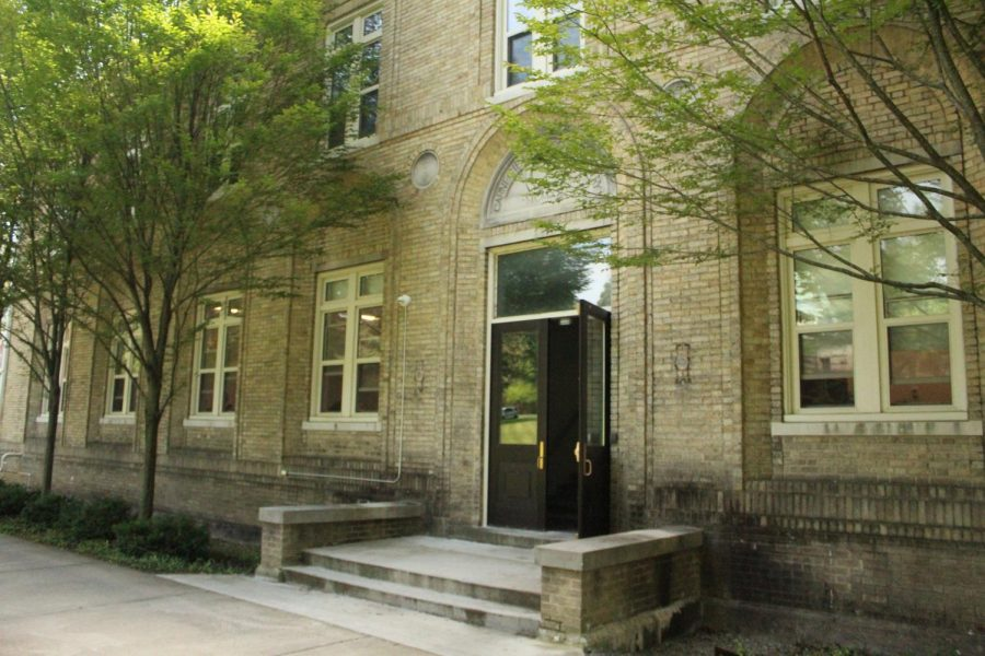 The front entrance of Carnegie Hall, the new home of the URSCA after it moved from what is now the Maytum Center for Student Success in Pelletier Library